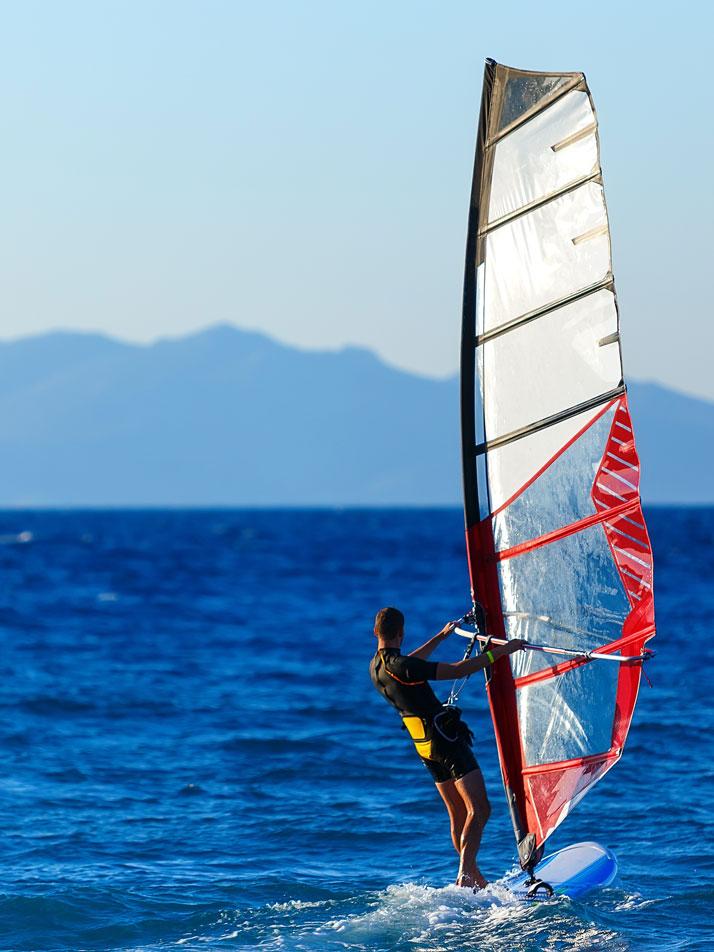 windsurf al mare