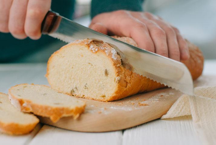 Coltello per il pane