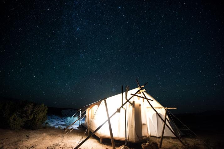 glamping vedere il cielo sotto le stelle