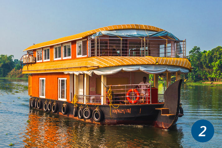 houseboat casa galleggiante