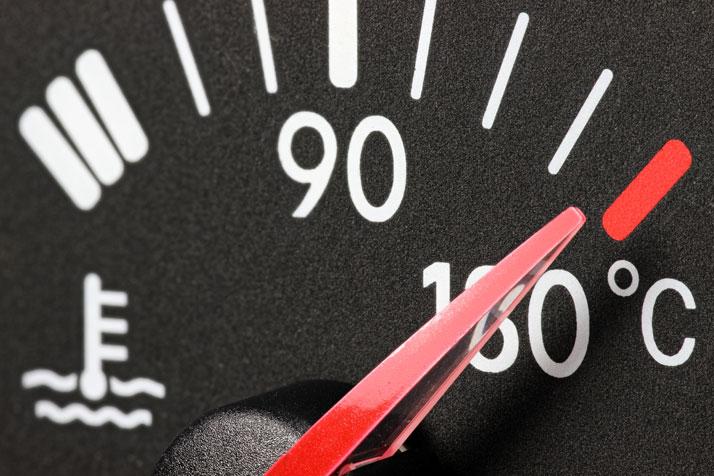 controllo temperatura acqua dell'auto